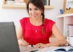 Conversational Online English lessons with native teachers